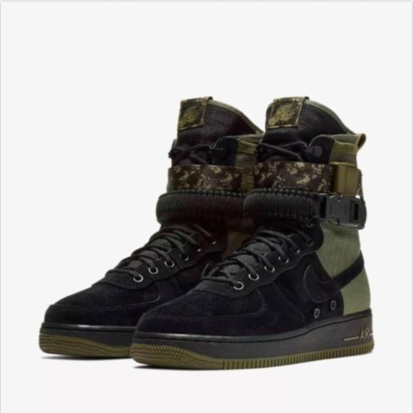 half off f3953 8a09a Nike SF Air Force 1 Mens Multi Size Camo Boots AF1